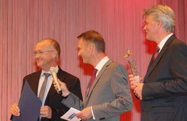 Wirtschaftspreis Pegasus in Goldder OÖ Nachrichten(Kategorie bis 49 Mitarbeiter)